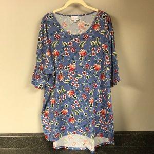 Lularoe blue floral Irma shirt 2x
